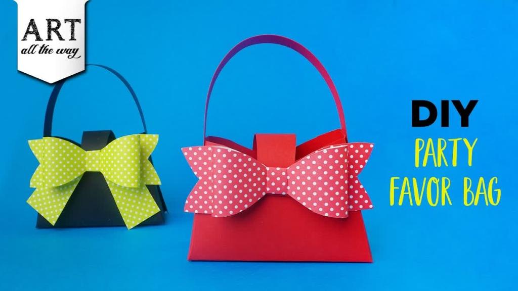 DIY Party Favor Bag  Paper Handbag  Paper Craft ideas Handmade Gift Bags  DIY Bow  Kids Craft